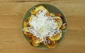 Домашен чипс със сирене